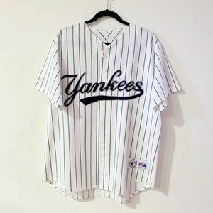 Authentic Majestic Merch Yankees Shirt